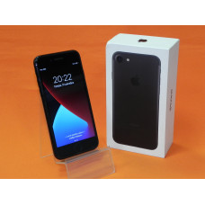 Смартфон Apple iPhone 7 32Гб [б/у]